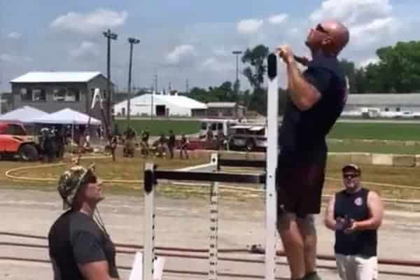 pull up challenge competition