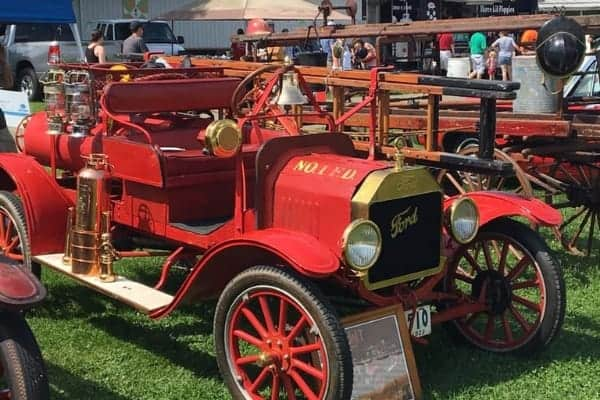 old timey fire engine